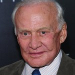 buzz-aldrin-after-earth-premiere_3692793