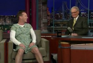 kiefer-sutherland-in-a-dress