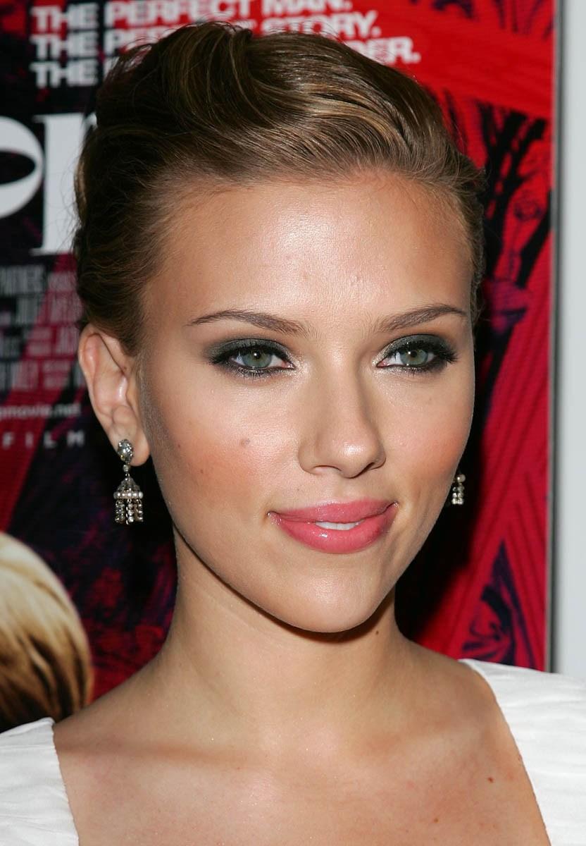Scarlett johansson bradblanks com - Scarlett johansson blogspot ...